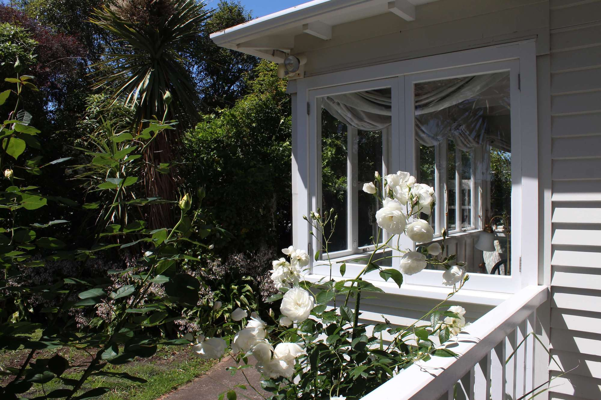 browns-boutique-bnb-details-whanganui-accommodation